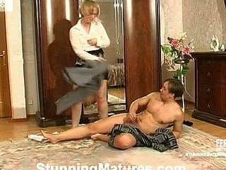 Seasoned chick having a good time previous to her workday with hung younger stud