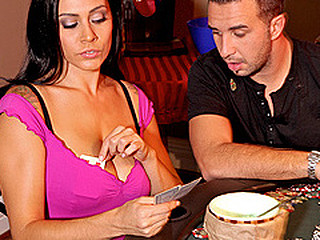 Raylene hasn't gone on a date since her soft-pedal left her but is lastly ready to move on when this sweetheart gets asked out on a date by a guy at a coffee shop. However, her spirit is crushed one time once more when her date ditches her last minute. When that sweetheart goes downstairs to watch her son, who is playing poker with his allies they are quick to comfort her, especially her sons ally Keiran who goes 'all in' during the poker game.
